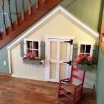 10 ไอเดีย เปลี่ยนพื้นที่ใต้บันได ให้เป็นบ้านหลังเล็ก เพื่อลูกๆ วัยซน