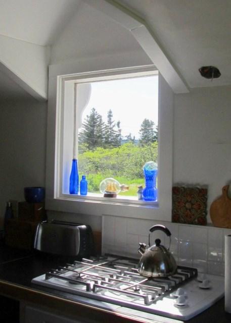 grand-manan-cottage-ldk10-via-smallhousebliss