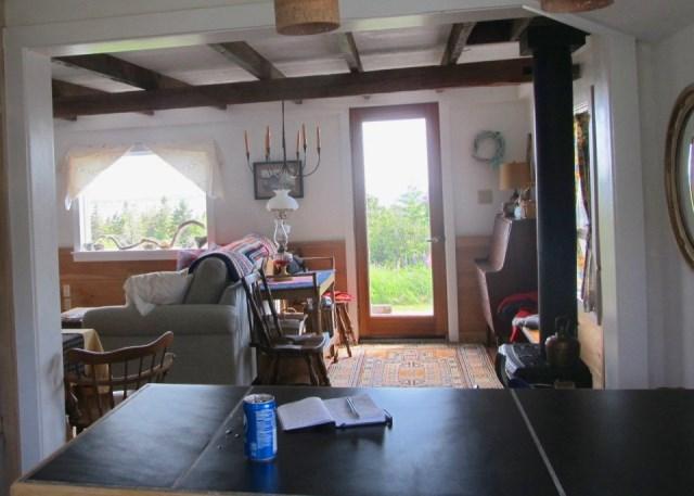 grand-manan-cottage-ldk11-via-smallhousebliss