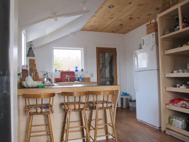 grand-manan-cottage-ldk8-via-smallhousebliss
