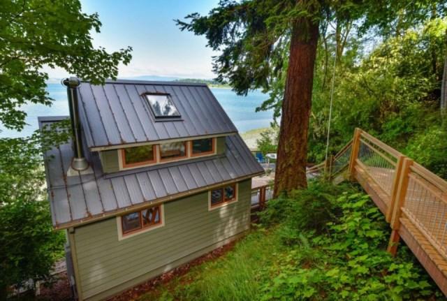 lummi-island-cottage-exterior2