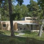 บ้านไม้โมเดิร์นมินิมอล ตกแต่งแบบเรียบง่าย บนความสุขอิงแอบธรรมชาติ