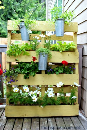 20-genius-diy-pallet-projects (10)