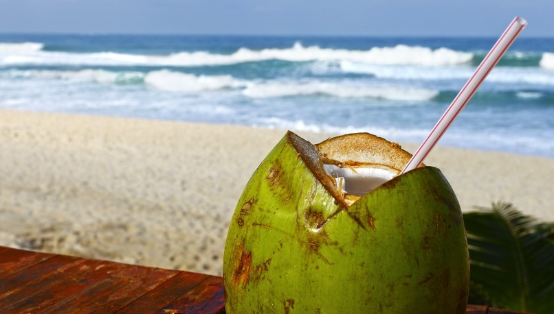 7 benefits of coconut water for girls (7)