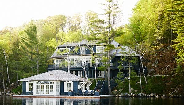 Abington-Lake-House-Mukoka-Living-Interiors-15-1-Kindesign-600x344