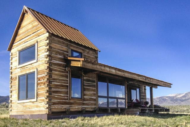 Clark-Stevens-Little-Lost-Cabin-Summit-Spring-Ranch-Exterior-Humble-Homes