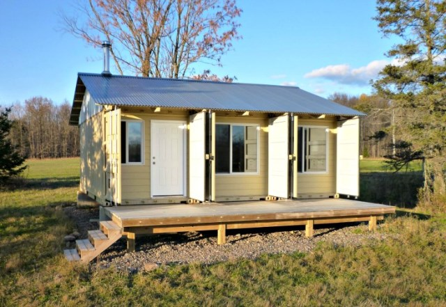 Contain-House-Steves-Tin-Can-Cabin-Exterior-Humble-Homes