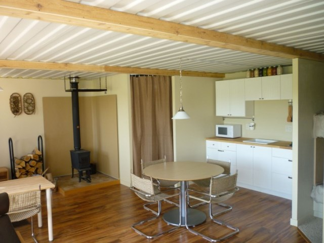 Contain-House-Steves-Tin-Can-Cabin-Interior-Humble-Homes