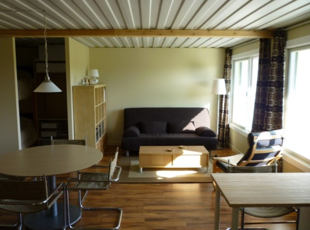 Contain-House-Steves-Tin-Can-Cabin-Living-Room-Humble-Homes