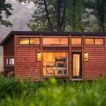 บ้านตากอากาศ สไตล์โมเดิร์น มาพร้อมรูปทรงสวย และวัสดุจากธรรมชาติ