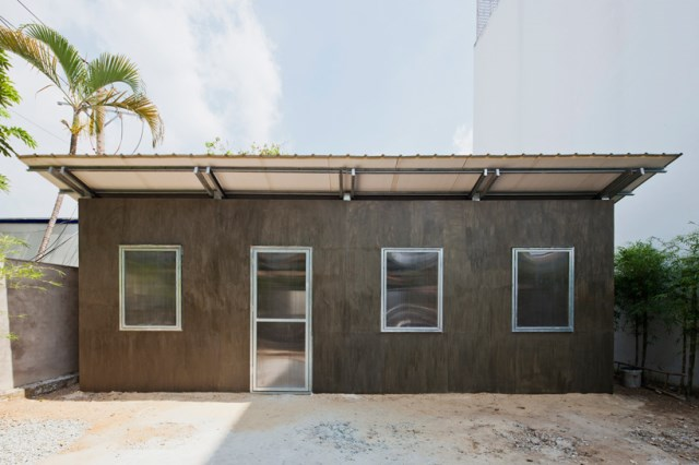 Low-Cost-Housing-S-House-Vo-Trong-Nghia-Vietnam-Exterior-Humble-Homes
