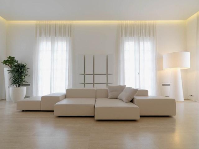 Minimalist-Interior-Tuscany-Italy-White-Leather-Sofa