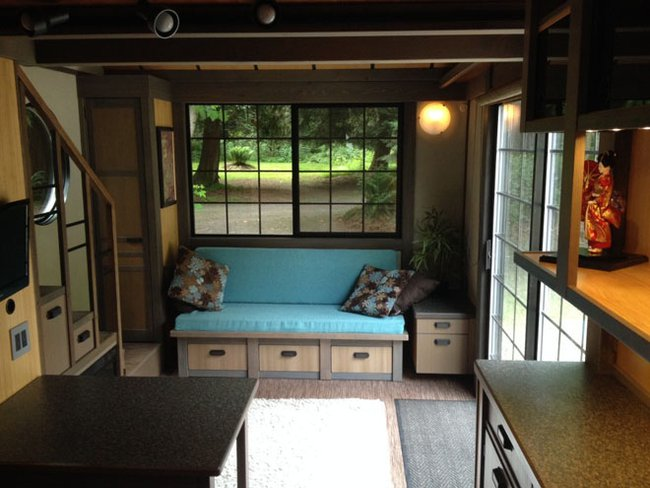 Tiny-House-Chris-Heininge-Oregon-Living-Area-Humble-Homes