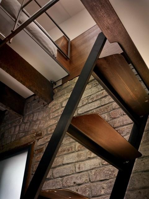 christi-azevedo-brick-house-loft1