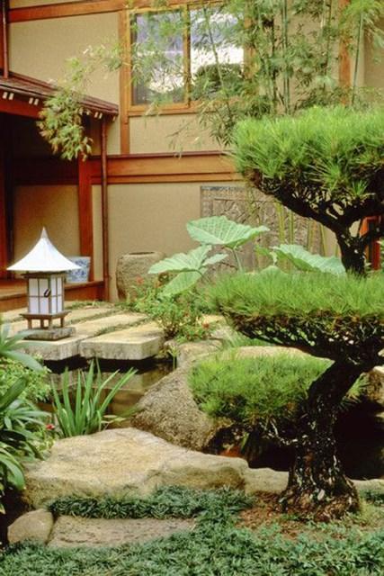 cool-japanese-garden-decoration