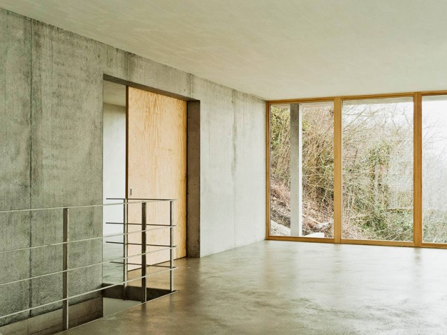 gian-salis-architekt-house-on-a-slope-wyhlen-germany-designboom-09