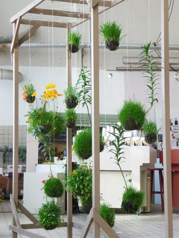 kokedama-string-garden-with-storage-ideas