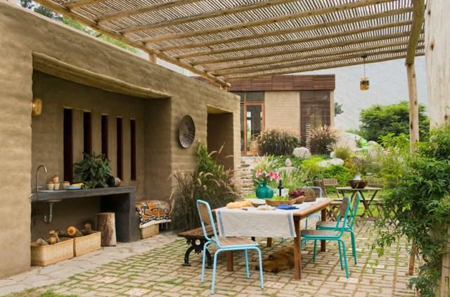marina-vella-arquitectos-chontay-house-lima-peru-designboom-05