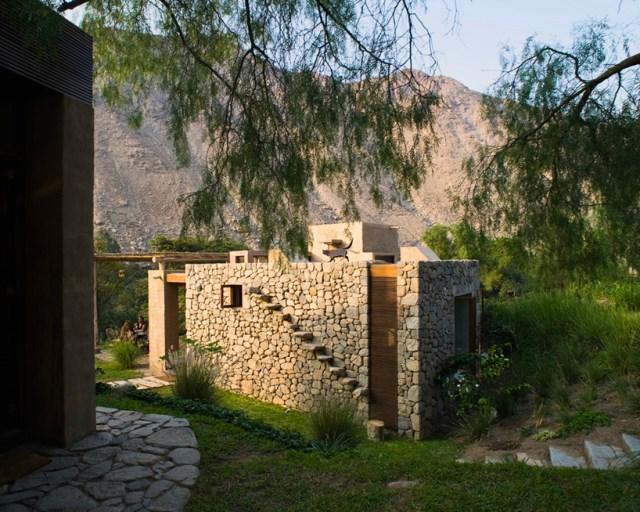 marina-vella-arquitectos-chontay-house-lima-peru-designboom-11