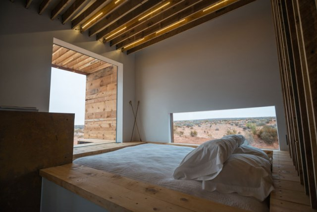red-sands-cabins-design-build-bluff-mexican-water-chapter-designboom-08