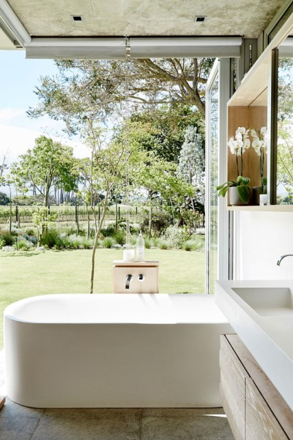 vineyard-house-bathroom
