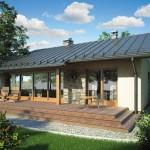 บ้านสวนหลังคาจั่ว มาพร้อมเฉลียงหน้าบ้าน และวัสดุจากธรรมชาติ