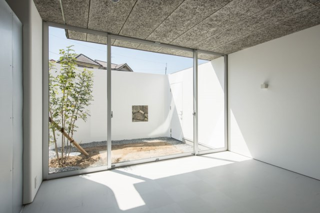 y-m-design-office-house-of-stylobate-japan-designboom-07