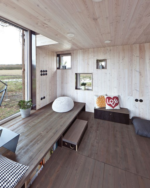 zilvar-house-ASGK-architects-czech-republic-designboom-07