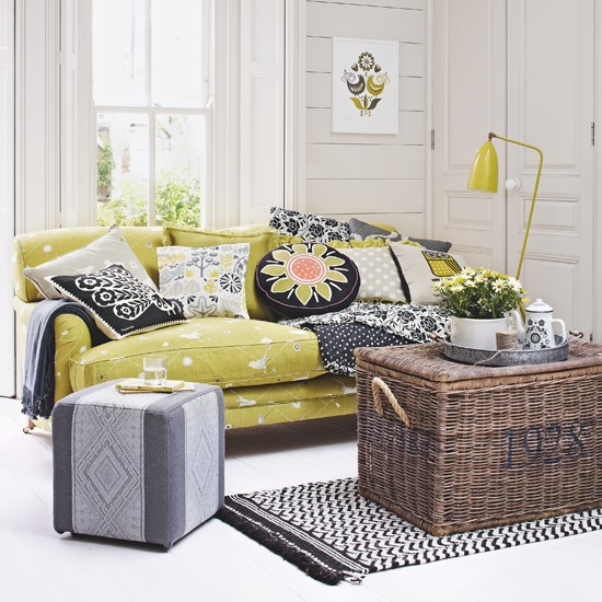 10-yellow-grey-living-room-designs (8)