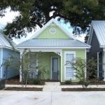 บ้านคอนเทจโทนสีพาสเทล ขนาดเล็ก เหมาะกับเป็นบ้านตากอากาศ