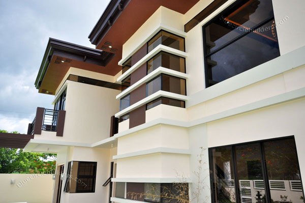 2-storey-brown-white-modern-tropical-house (13)