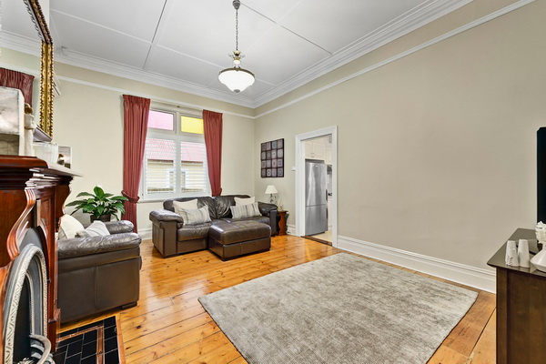 3 bedroom cozy vintage house (7)