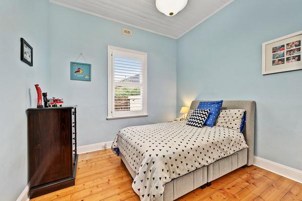 3 bedroom cozy vintage house (8)