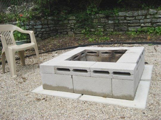 5 ways to use cinder blocks in the garden (6)