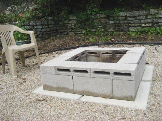 5 ways to use cinder blocks in the garden (6)