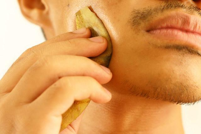 7 uses of banana peel (3)