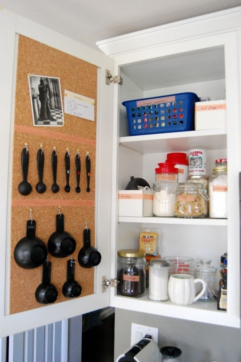 9-organizing-kitchen-storage-ideas (8)