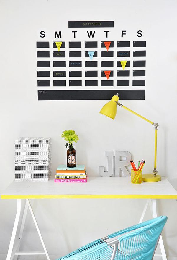 DIY-tape-wall-calendar