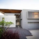 บ้านร้วมสมัยสองชั้น รูปทรงที่สะท้อนความภูมิฐาน เน้นย้ำรสนิยมของครอบครับมีระดับ