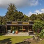 ความสวยงามของบ้านตากอากาศ สไตล์โมเดิร์นโชว์โครงสร้าง รสนิยมของการใช้ชีวิตทามกลางธรรมชาติ