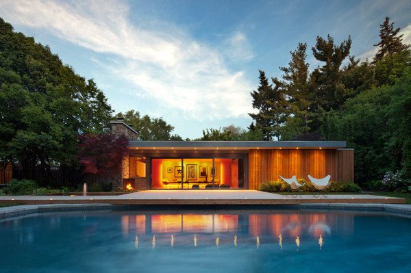 Mid-Century-Poolhouse-Tongtong-13-600x399