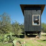 บ้านโมเดิร์นรูปทรงกล่อง สวยงามไปกับโทนสีและวัสดุ สะท้อนรสนิยมของคนสมัยใหม่
