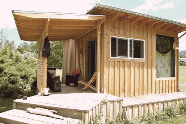 couples-mortgage-free-diy-tiny-cabin-studio-built-for-7k-0015