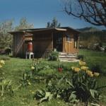 บ้านคอทเทจร่วมสมัย ใช้พื้นที่ภายในได้คุ้มค่า เหมาะสำหรับครอบครัวแรกเริ่ม