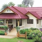 แบบบ้านร่วมสมัย สดใสที่สีหลังคา อบอุ่นและเข้ากับธรรมชาติสุดๆ