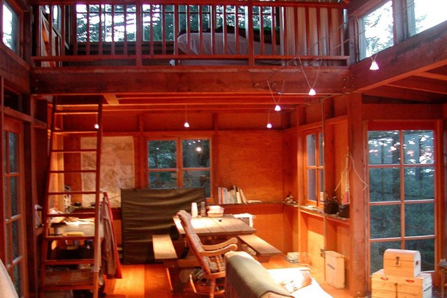 david-vandervort-san-juan-cabin-dining-via-smallhousebliss