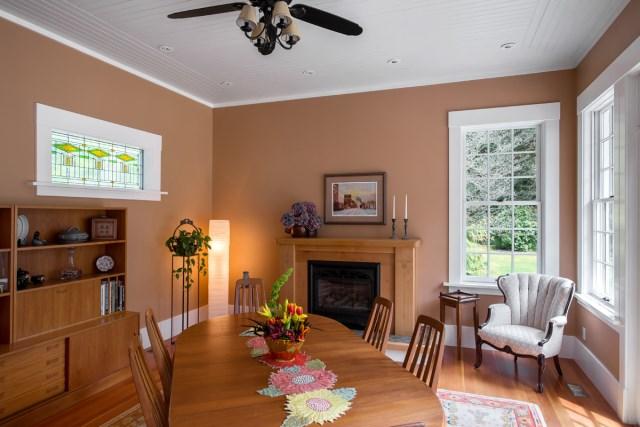 dining-room-Riverside-Heritage-Renovation