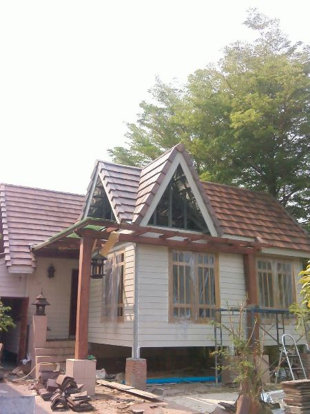 enlarging-the-old-house-with-small-cozy-cabin (11)
