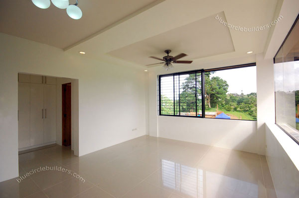 modern tropical hip roof earth house (8)