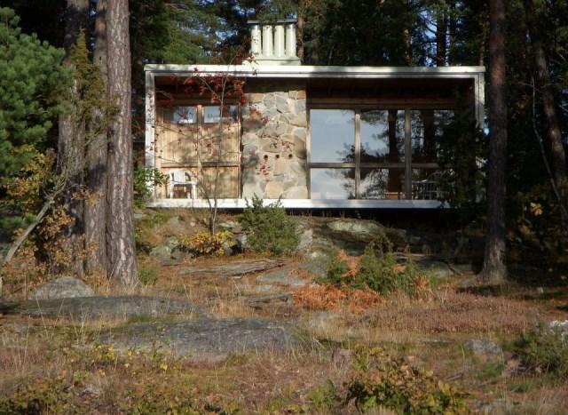 ralph-erskine-the-box-exterior1-via-smallhousebliss